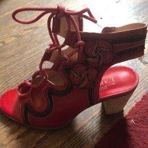 ❤️ Stunning red Sandles